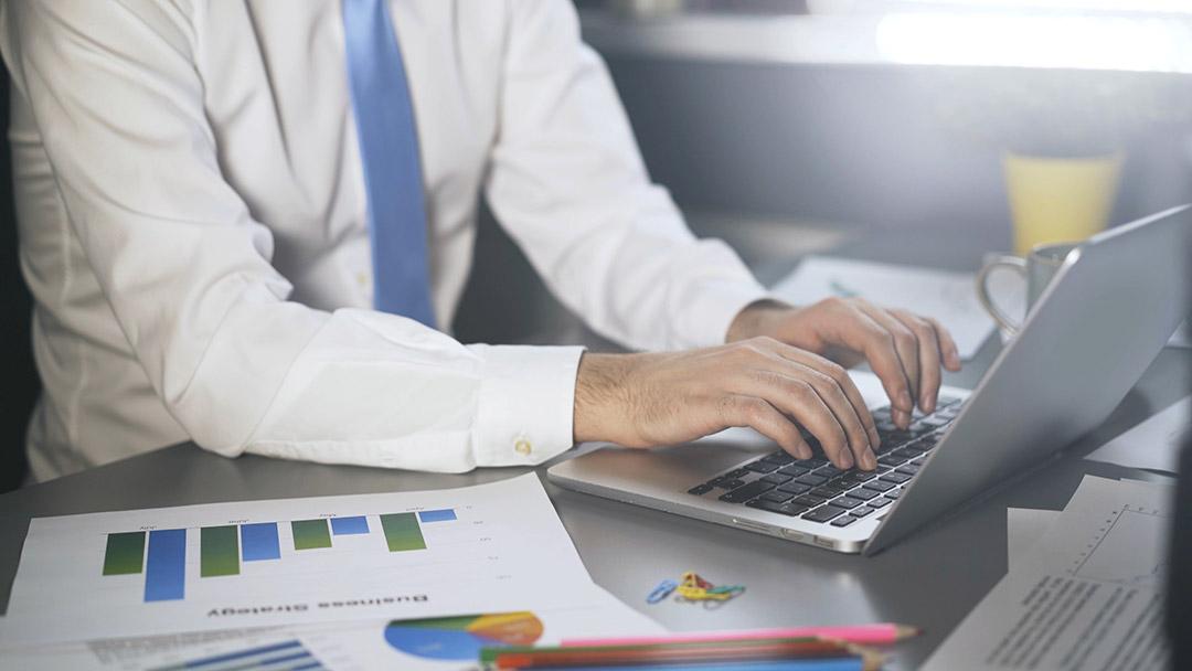 lucrați la calendarul economic pe opțiuni binare